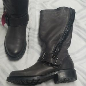 Frye gray leather boots size 7